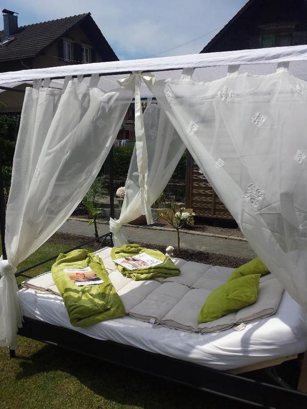 metall himmelbett in hohenems alles m gliche kaufen und verkaufen ber private kleinanzeigen. Black Bedroom Furniture Sets. Home Design Ideas