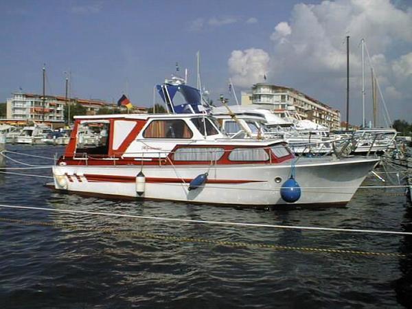 motoryacht ernst riss seestern super s motorboot in seelze. Black Bedroom Furniture Sets. Home Design Ideas
