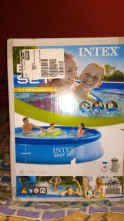 Neu Pool Intex