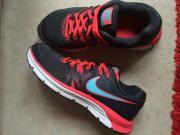 Nike Schuhe - Größe