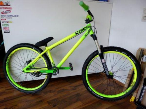 ns bikes suburban custom dirt bike jungle mit rock shox. Black Bedroom Furniture Sets. Home Design Ideas