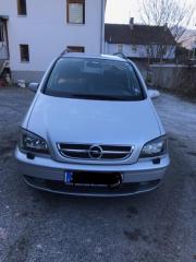 Opel Zafira Silber