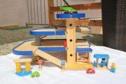 holzspielzeug parkhaus kinder baby spielzeug g nstige angebote finden. Black Bedroom Furniture Sets. Home Design Ideas