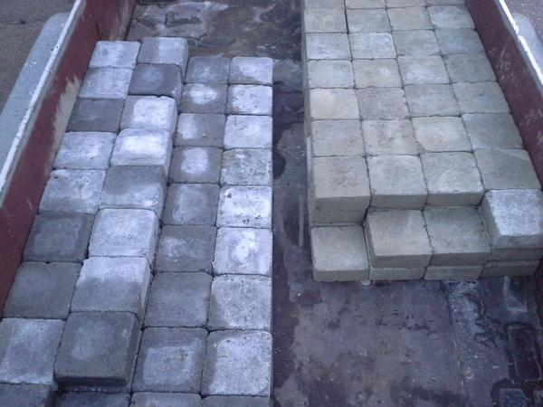 pflastersteine betonpflaster tegula grau in schwaikheim sonstiges material f r den hausbau. Black Bedroom Furniture Sets. Home Design Ideas