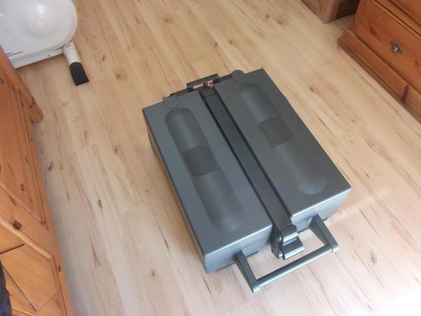 philips sunmobil hp 851 ee mit fernbedienung gebraucht in wagh usel sauna solarium und. Black Bedroom Furniture Sets. Home Design Ideas