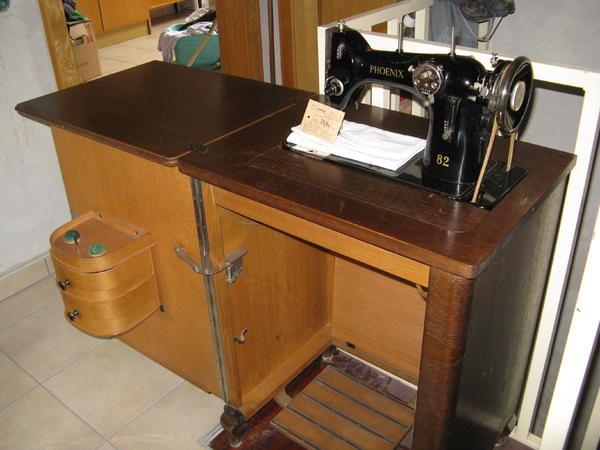 phoenix n hmaschine in viernheim sonstige antiquit ten. Black Bedroom Furniture Sets. Home Design Ideas