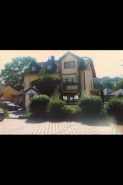 Privathaus mit Gewerbefläche/