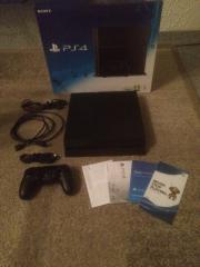 PS4 + 12 Spiele +