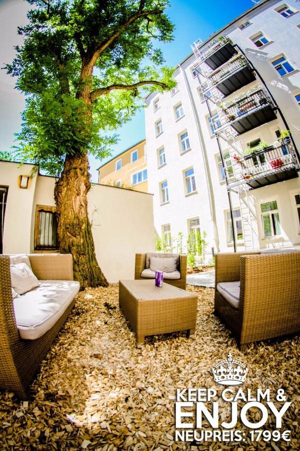 Rattan Garten Möbel SET + Polster + GartenTisch ! [sehr günstig