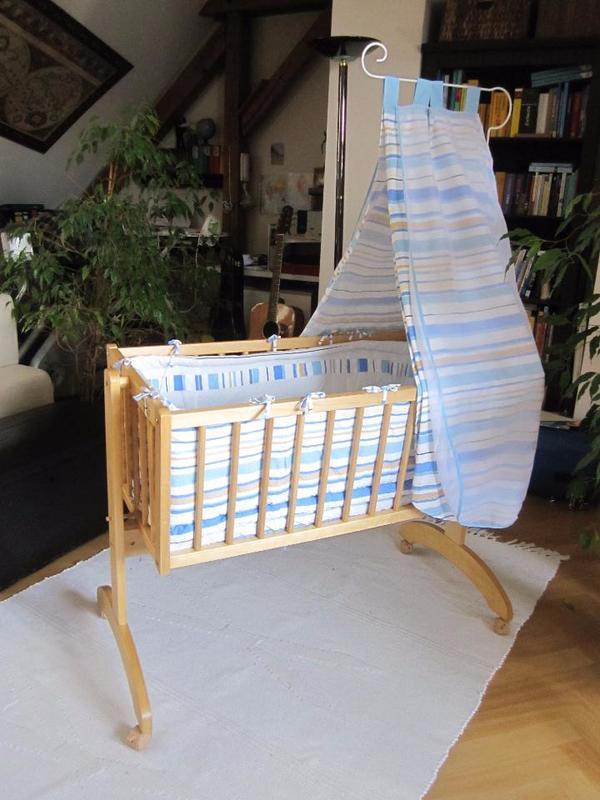 babybett komplett kaufen gebraucht und g nstig. Black Bedroom Furniture Sets. Home Design Ideas