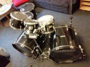 Schlagzeug / Drumset