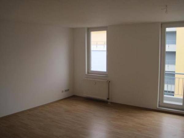 sch ne wohnung neben u35 zu vermieten in bochum vermietung 2 zimmer wohnungen kaufen. Black Bedroom Furniture Sets. Home Design Ideas