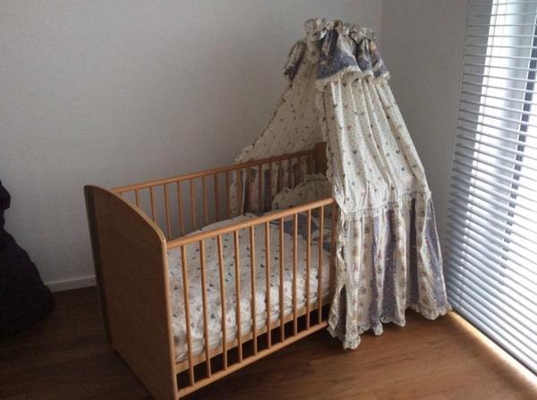 babyzimmer gebraucht kaufen nur noch 2 st bis 60 g nstiger. Black Bedroom Furniture Sets. Home Design Ideas