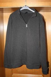 schwarzer Pullover Gr.