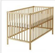 Sniglar Babybett Ikea Das Bett wurde für ein Kind benutzt. Es hat leichte Gebrauchsspuren. Das Bett wurde bereits zerlegt. Es ist ohne Matratze. Maße 60cm x 120cm NP :49 ... 5,- D-90491Nürnberg Erlenstegen Heute, 15:04 Uhr, Nürnberg Erlenstegen - Sniglar Babybett Ikea Das Bett wurde für ein Kind benutzt. Es hat leichte Gebrauchsspuren. Das Bett wurde bereits zerlegt. Es ist ohne Matratze. Maße 60cm x 120cm NP :49
