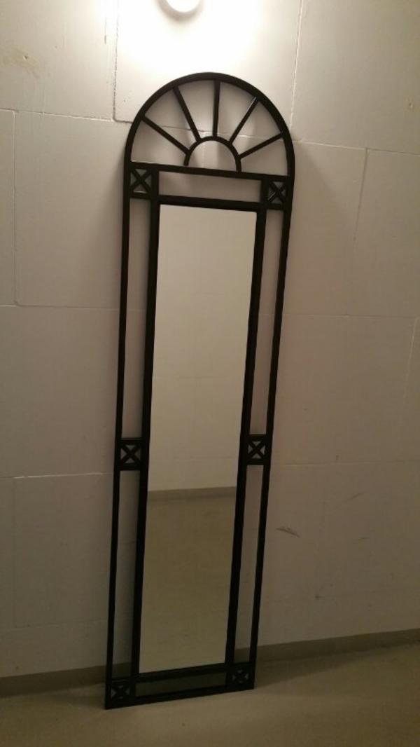 wandspiegel schwarz kaufen gebraucht und g nstig. Black Bedroom Furniture Sets. Home Design Ideas