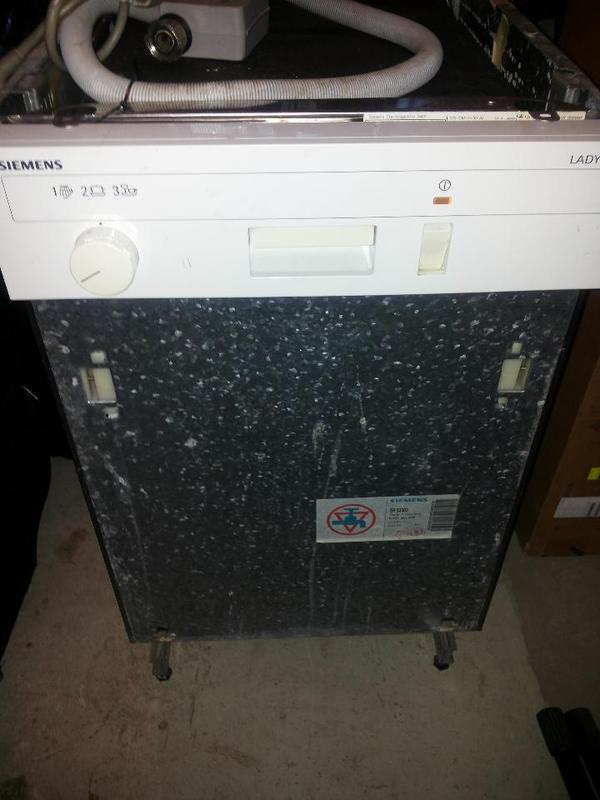 Spulmaschine siemens lady 45 defekt in stuttgart for Spülmaschine siemens
