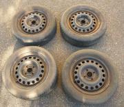 Stahlfelgen 5,5J x 14 H2 ET 49, 4x100, 2140109, 185/60 R14 82T, Dunlop SP10 3e, Felgen Opel Astra F 4 Stück gebrauchte Stahlfelgen mit gebrauchten Reifen Dunlop SP10 3e (Sommerreifen). Die Felgen waren auf einem Opel Astra F montiert. Daten der ... 79,- D - Stahlfelgen 5,5J x 14 H2 ET 49, 4x100, 2140109, 185/60 R14 82T, Dunlop SP10 3e, Felgen Opel Astra F 4 Stück gebrauchte Stahlfelgen mit gebrauchten Reifen Dunlop SP10 3e (Sommerreifen). Die Felgen waren auf einem Opel Astra F montiert. Daten der