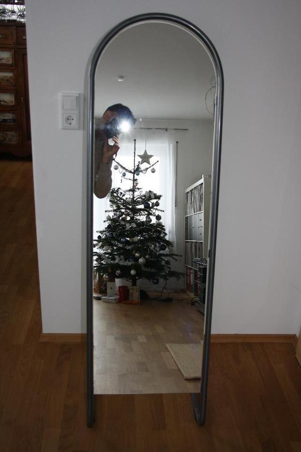 standspiegel spiegel zu verkaufen in kirchheim garderobe flur keller kaufen und verkaufen. Black Bedroom Furniture Sets. Home Design Ideas