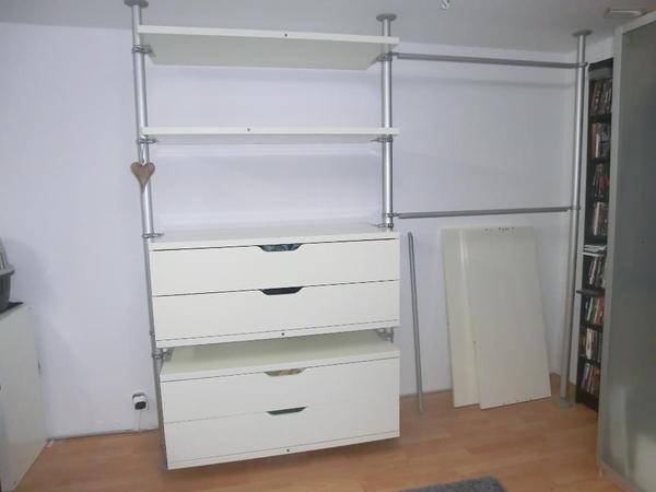 Ikea wohnwand alt interessante ideen f r for Ikea kolonialstil