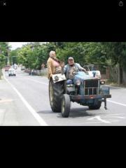 Suche Traktor. Bitte