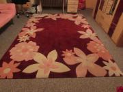 Teppich mit Blumenmuster