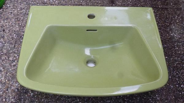 toilette waschbecken ablagen in sigmaringen bad einrichtung und ger te kaufen und verkaufen. Black Bedroom Furniture Sets. Home Design Ideas