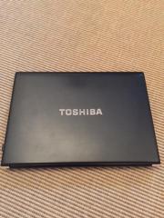 TOSHIBA Portege R700-