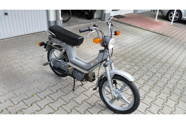 vespa si moped 40 km h ink versicherung bis in gro umstadt mofas 50er. Black Bedroom Furniture Sets. Home Design Ideas