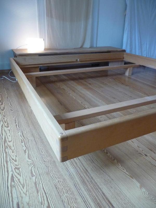 vollholzbett buche ko 2x2 m in karlsruhe betten kaufen und verkaufen ber private kleinanzeigen. Black Bedroom Furniture Sets. Home Design Ideas