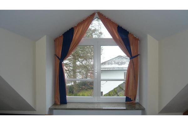 vorh nge f r dachschr genfenster in m nchen gardinen. Black Bedroom Furniture Sets. Home Design Ideas