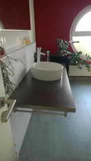waschtisch holz haushalt m bel gebraucht und neu kaufen. Black Bedroom Furniture Sets. Home Design Ideas