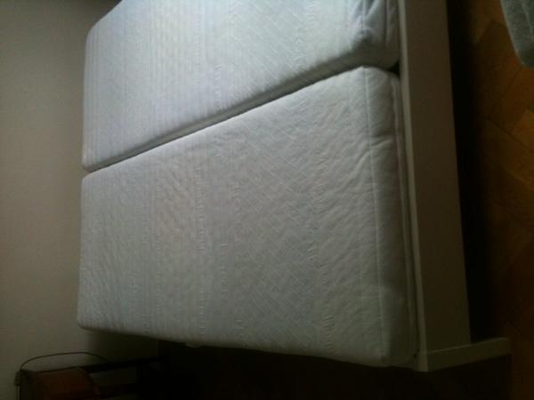 weisses doppelbett schlafzimmer stephan inkl lattenrost. Black Bedroom Furniture Sets. Home Design Ideas