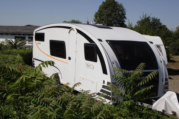 wohnwagen aerostyle 570tk von dethleffs in zwingenberg. Black Bedroom Furniture Sets. Home Design Ideas