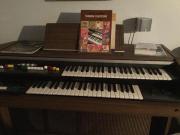 Yamaha Elektro-Orgel
