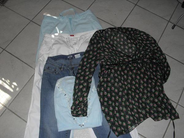 1 Karton (5 » Damenbekleidung