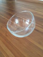 18 dekorative Glasschalen /
