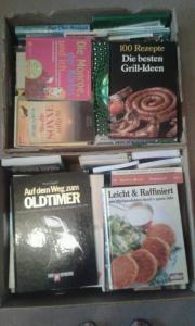 3 Bücherkisten zu