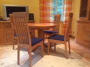 4 (vier) Stühle