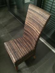 6 hochwertige Stühle
