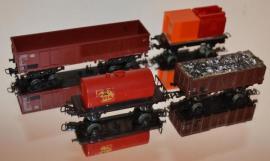Modelleisenbahnen - 8 Märklin H0 Wagen Spur