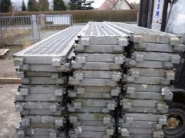 81 m² gebrauchtes Gerüst Layher: Kleinanzeigen aus Markranstädt - Rubrik Sonstiges Material für den Hausbau