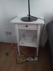 hemnes beistelltisch wei energiemakeovernop. Black Bedroom Furniture Sets. Home Design Ideas