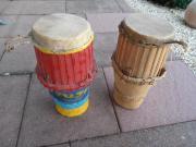 Afrikanische Kunst --- Trommeln-Djembe-Bongo