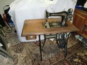 alte antike Nähmaschine