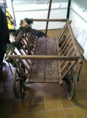 Alter Holzhandwagen