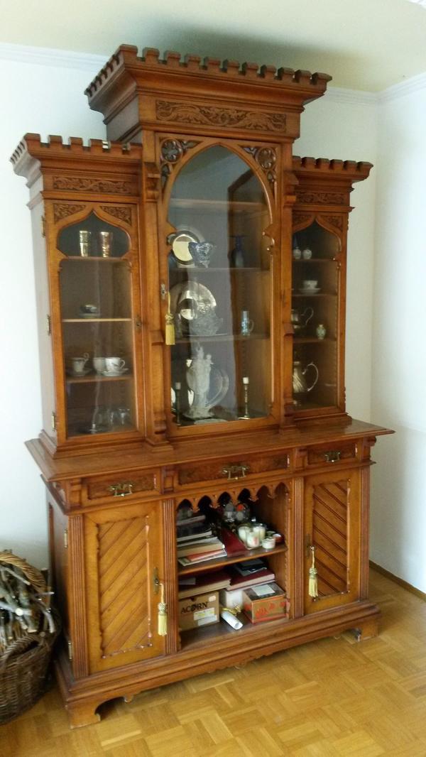 Antiker Schrank / Vitrine, hergestellt um 1890 in Pliening ...
