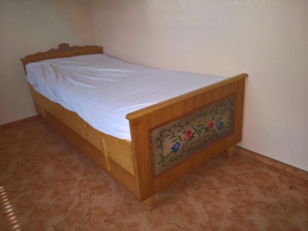 schlafzimmer holz gebraucht kaufen 4 st bis 60 g nstiger. Black Bedroom Furniture Sets. Home Design Ideas