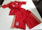 Bayern Trikot + Hose (