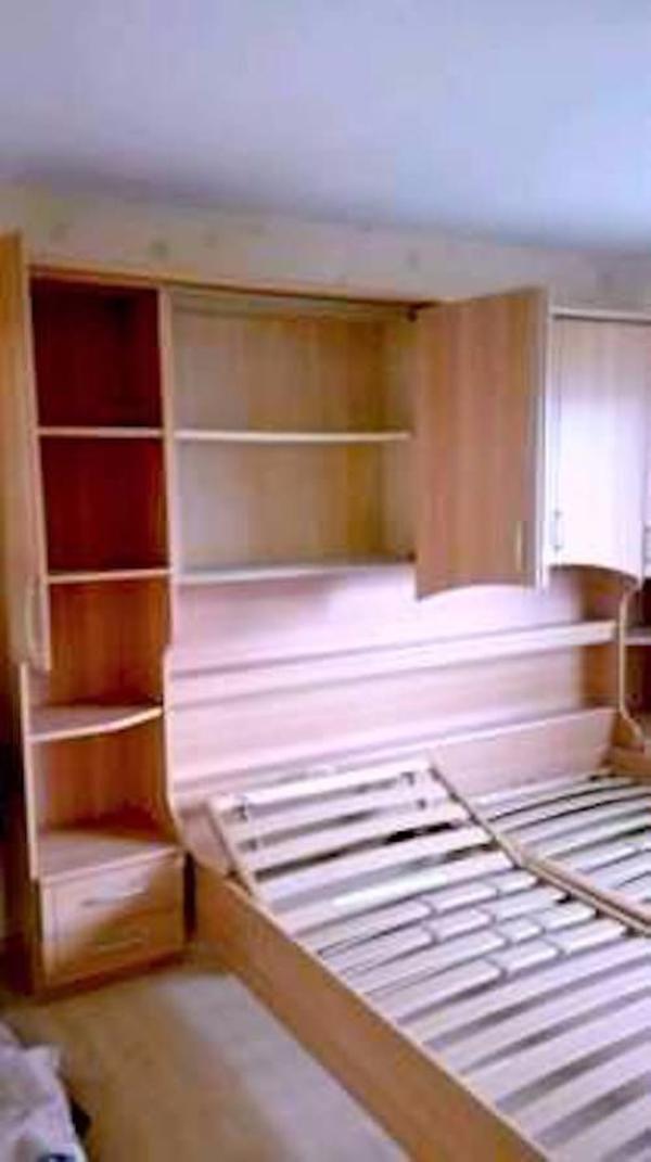 Bett & Kleiderschrank Regal Schlafzimmer komplett in Kreuztal ...